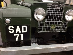 Signwriting by Arne Barker Land Rover number plate