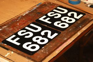 Land-Rover number plat