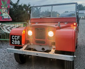 Red Land-Rover Series One